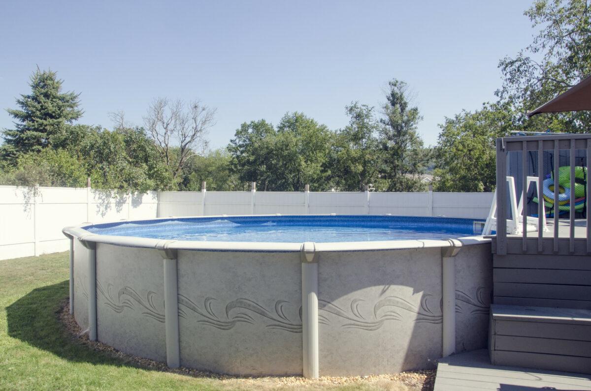 une piscine hors sol